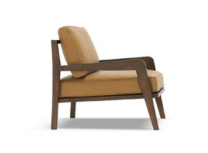 Oslo, Solid wood armchair