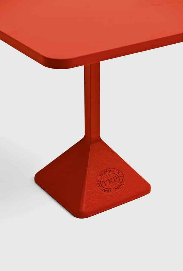 TNP, Bar table in painted iron, for the exterior