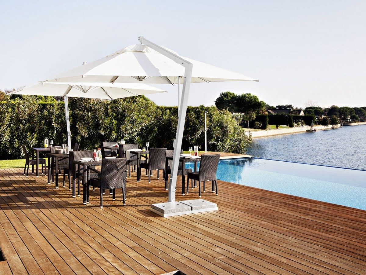 Copacabana, Square umbrella, in aluminum and steel, for garden and bar