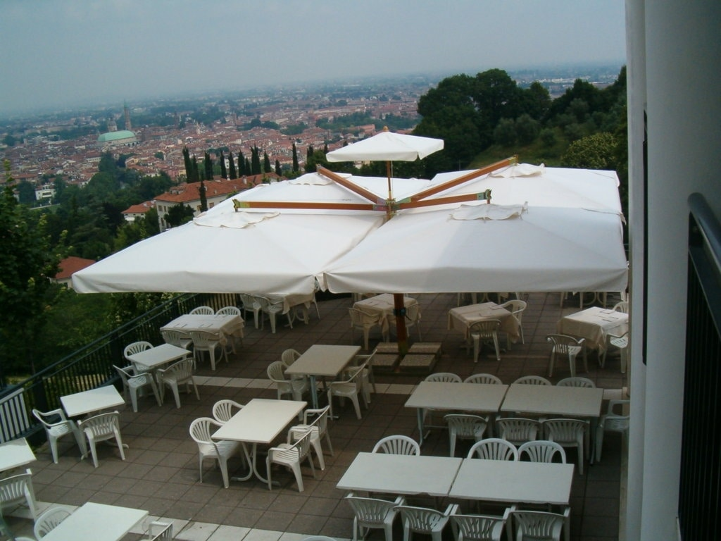 Wood Poker / Double, Modular parasol for outdoors