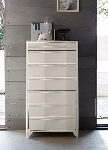 Way, Weekly chest of drawers in wood