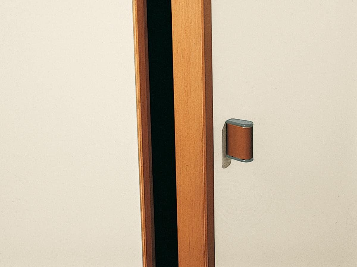 Wardrobe Paro 08, Modern wardrobe with ergonomic handles
