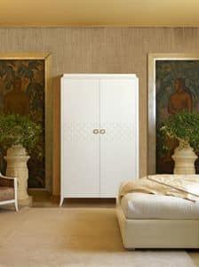 Art. VL718, Wardrobe with two hinged doors, metal handles