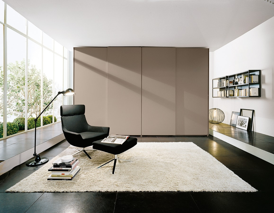 ATLANTE SHEER comp.01, Modular cabinets in various dimensions and finishes