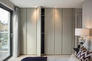 ATLANTE SHEER comp.03, Wardrobe with hinged door with not visible handle