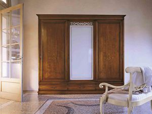 Fenice wardrobe, Classic style wardrobe with sliding doors