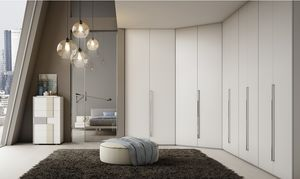 TEA, White lacquered corner wardrobe