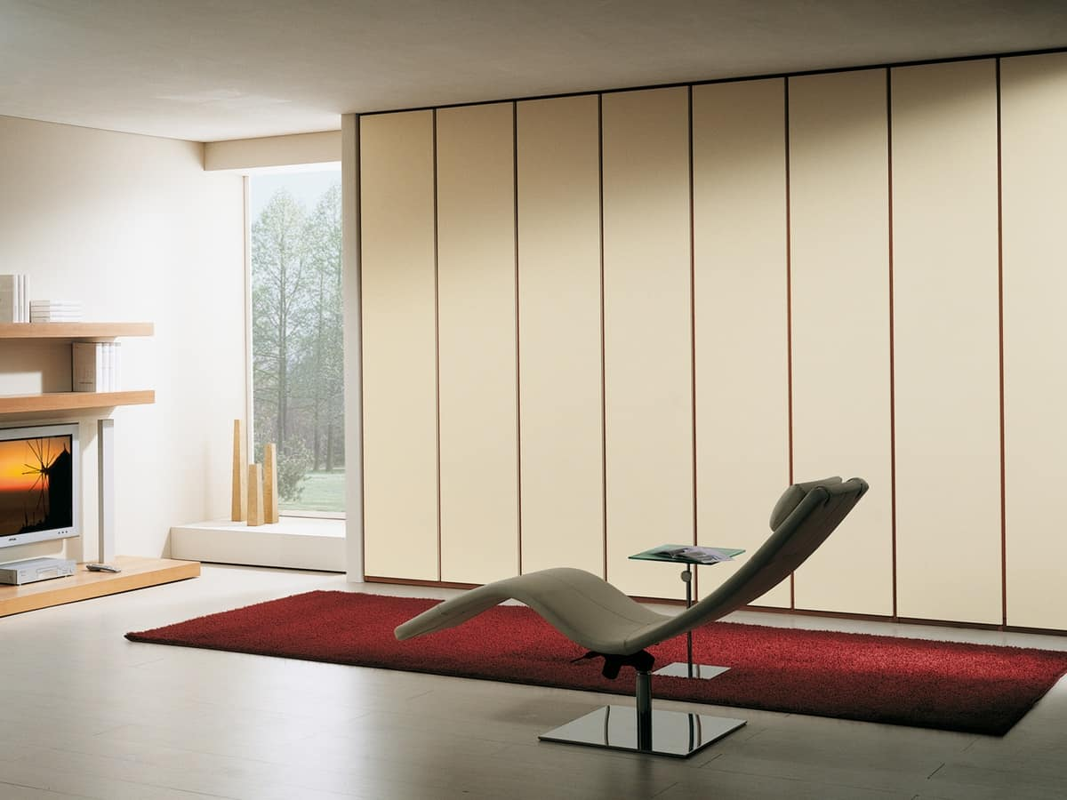 Wardrobe Idra 08, Robust and practical wardrobe, with a linear look