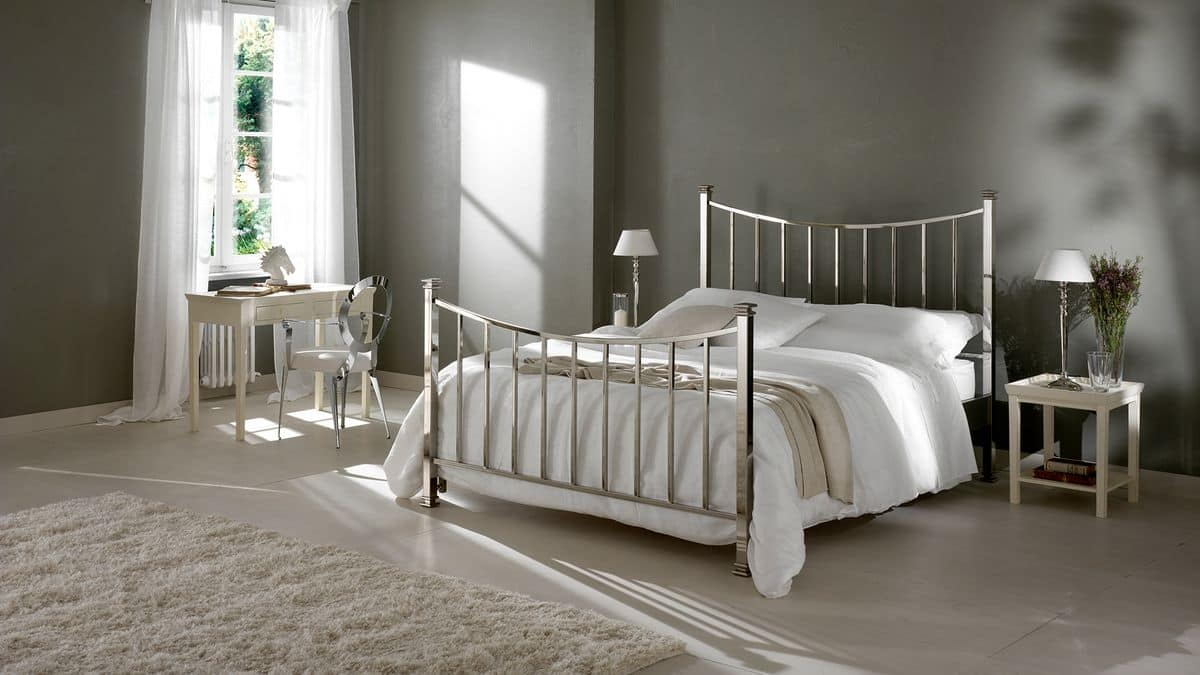 Alan bed, Double bed in iron curved and polished by hand