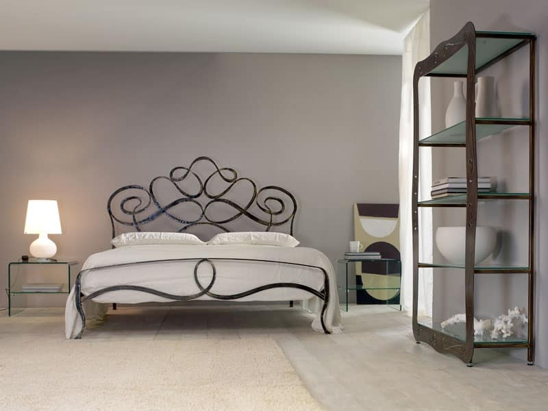Arabesco, Iron handmade double bed, sinuous lines