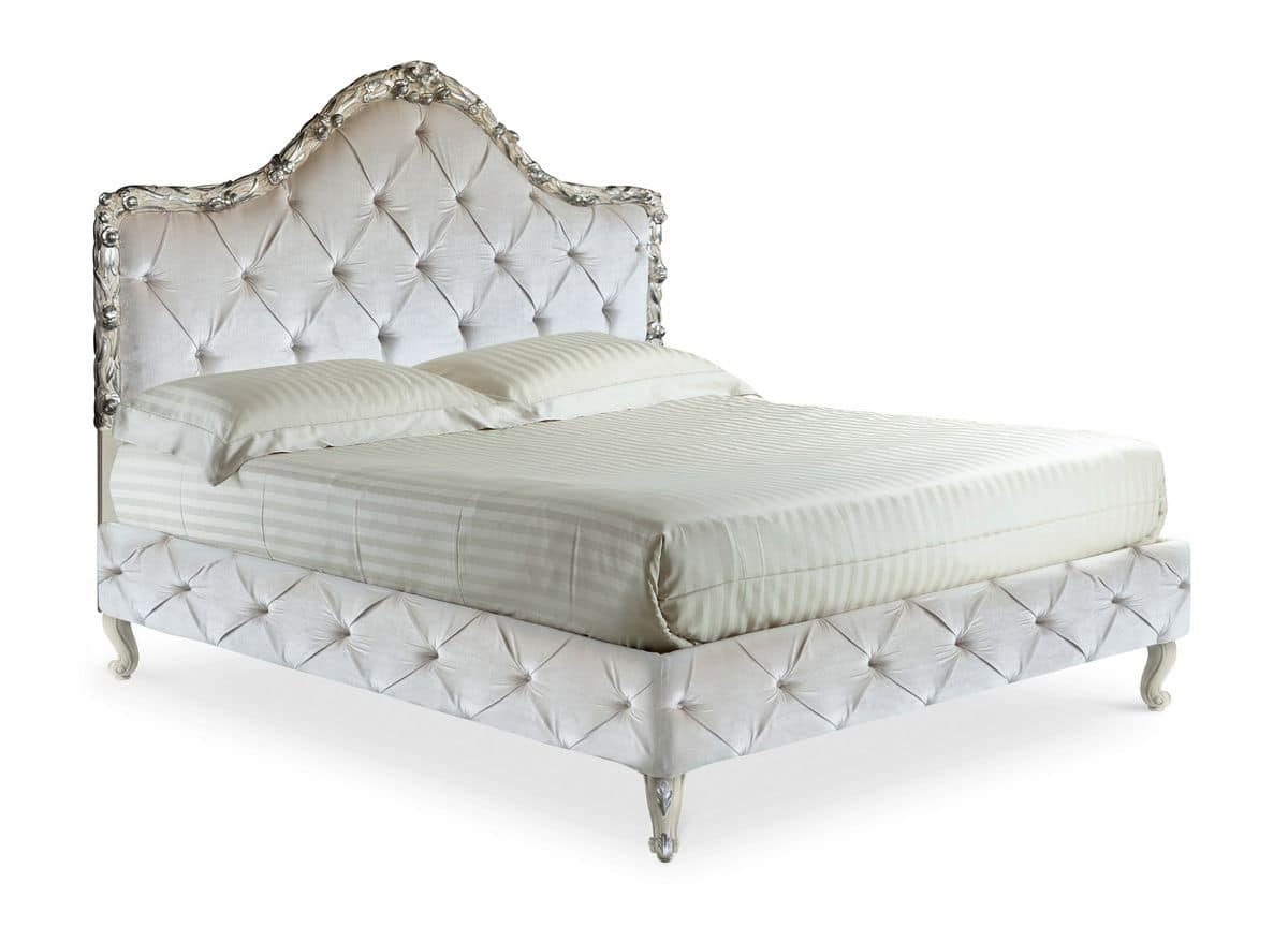 Art. 2023  Dajana K., Luxurious bed, hand-carved, with tufted velvet, classic style