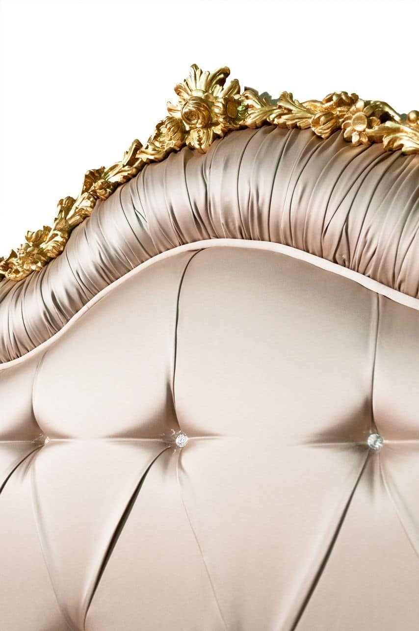 Art. 2430 Marie, Elegant bed with classic style, padding tufted with Swarovski, gold leaf carvings