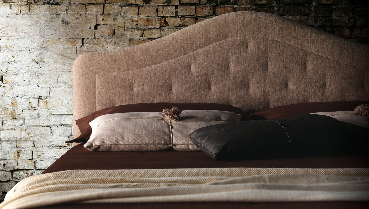 Bora, Classic taste bed with quilted headboard