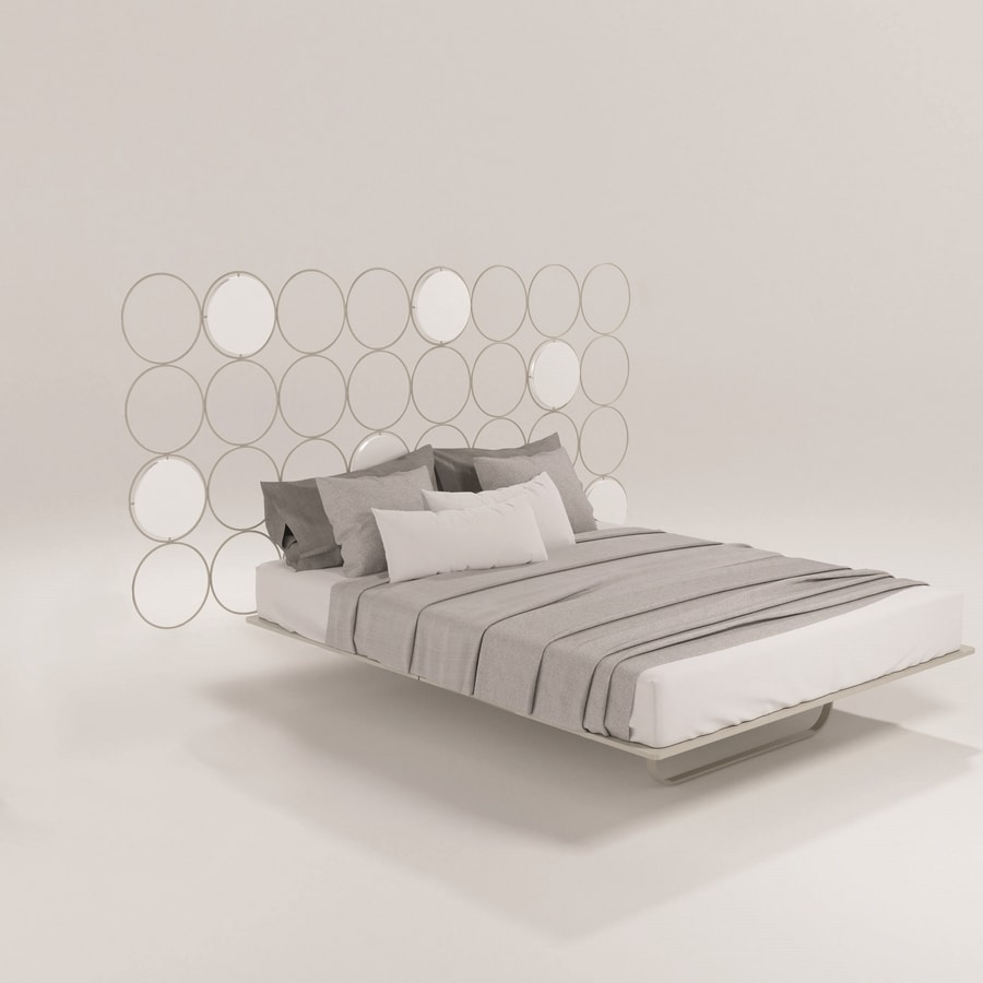 Cerchi, Modern bed with metal structure, headboard in hive form