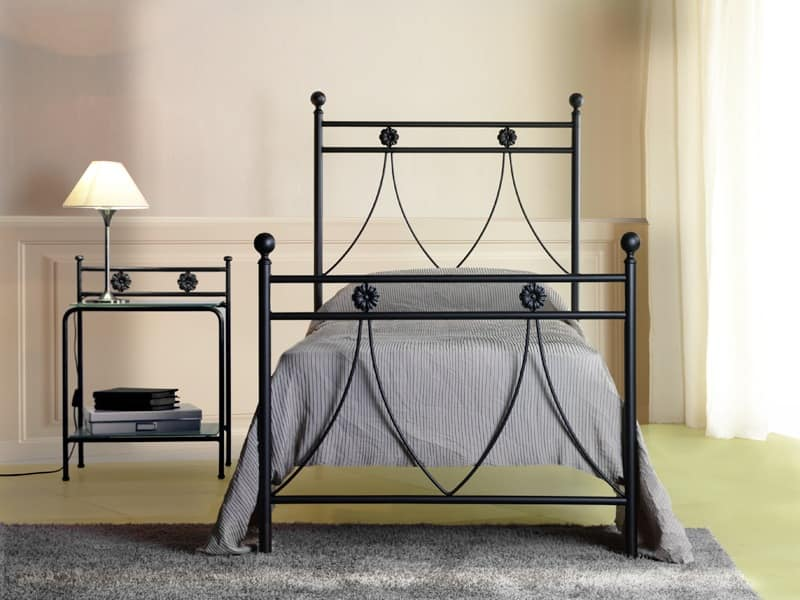 Crystal single, Single metal bed with classic lines