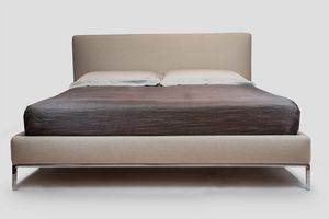Eos, Upholstered bed with steel feet