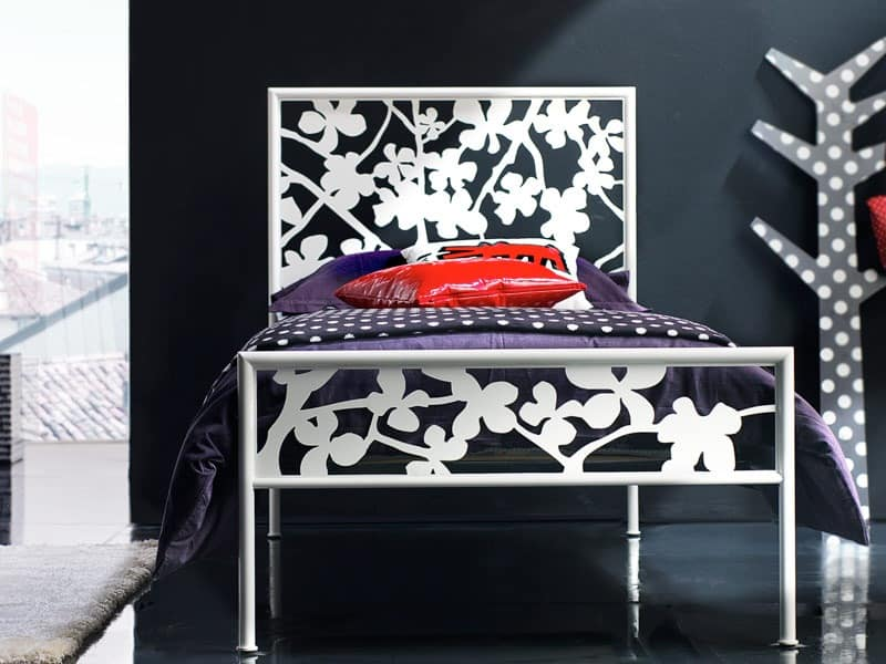 Flower Single Bed, Single bed with iron headboard, for Sleeping zone
