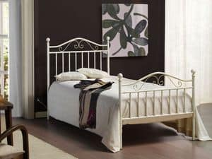 Giusy, Wrought iron bed, antiqued manually finishes