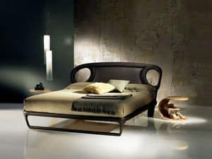 LE14B Iride bed, Double bed covered in leather, sinuous lines