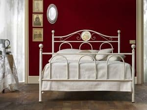 Lina 120, Iron bed, handmade, different finishes