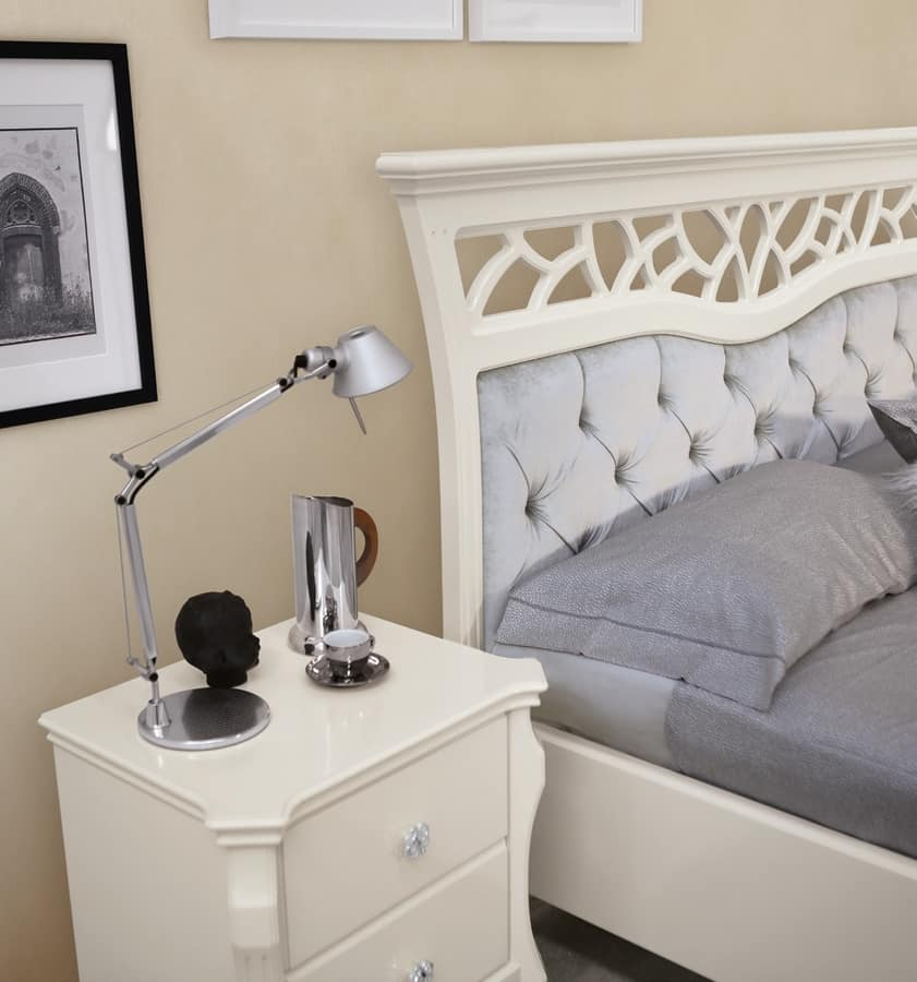 MONTE CARLO / bed, Contemporary classic bed with capitonnè headboard