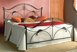 Ottocento, Wrought iron double bed with floral decorations