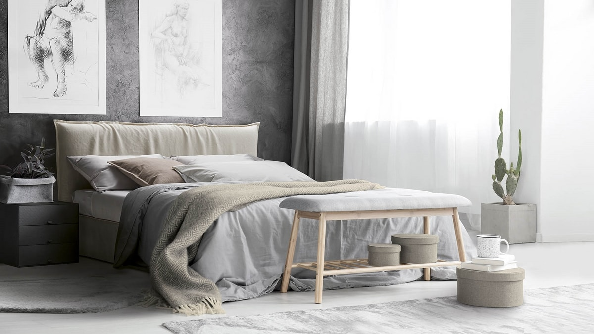 Naxos, Bed with storage unit