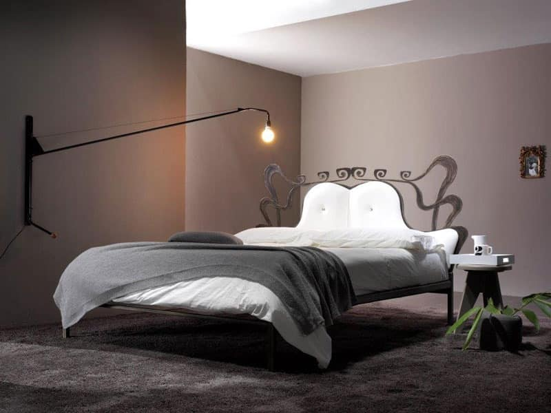 Charme, Bed with wrought iron structure, for Bedroom