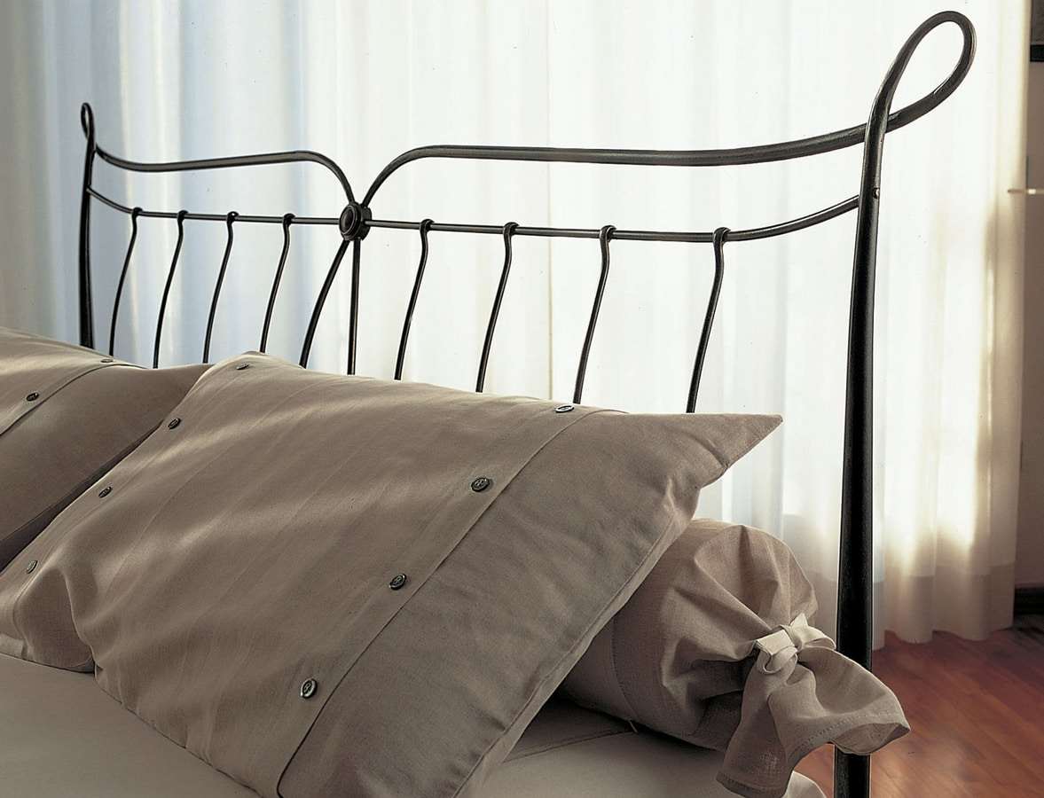 Goodman, Iron bed with upholstered headboard