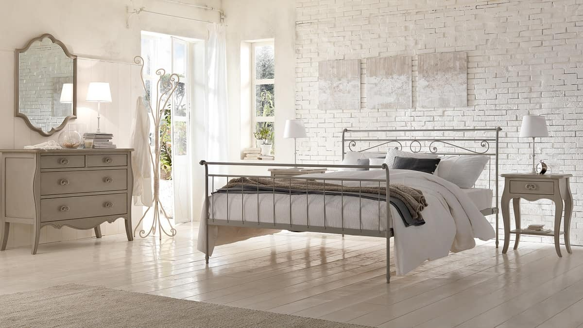 Louis Philippe beds, Modern bed in iron, hot-bolting technique applied