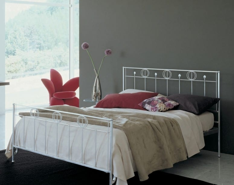 Louis, Iron bed with decorated headboard