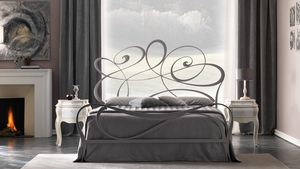 Noemi Art. 951, Bed with young and romantic line