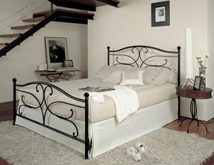 Sibelius, Double bed in forged iron