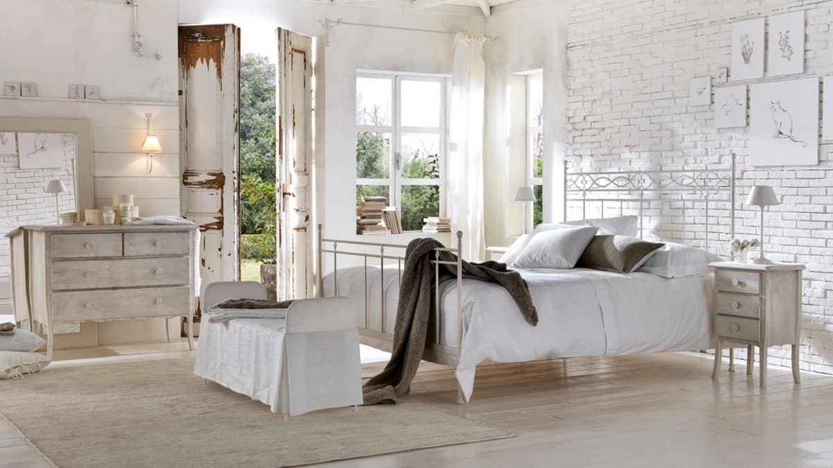 Sirolo letto, Iron bed, wire welds, various finishes, for hotels