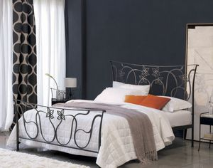 Violetta, Double bed in forged iron