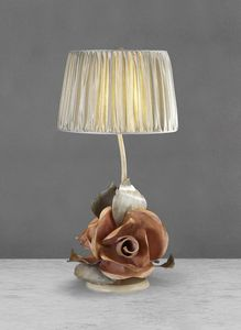 Art. 3011-03-00, Iron table lamp with roses