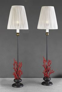 Art. 3017-01-73, Table lamp with decorative red corals