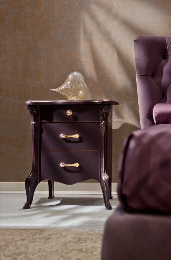 City Art. 5606, Bedside table in lacquered wood