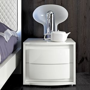 Dama Bianca bedside table, White lacquered bedside table