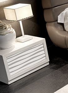 Ebon Art. 775, Bedside table with a modern-contemporary line