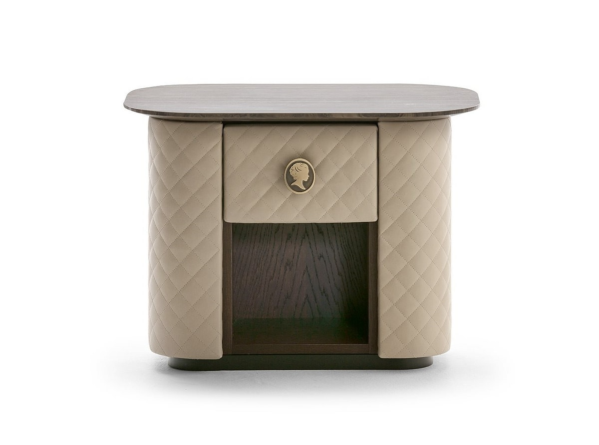 Penelope, Bedside table covered in leather