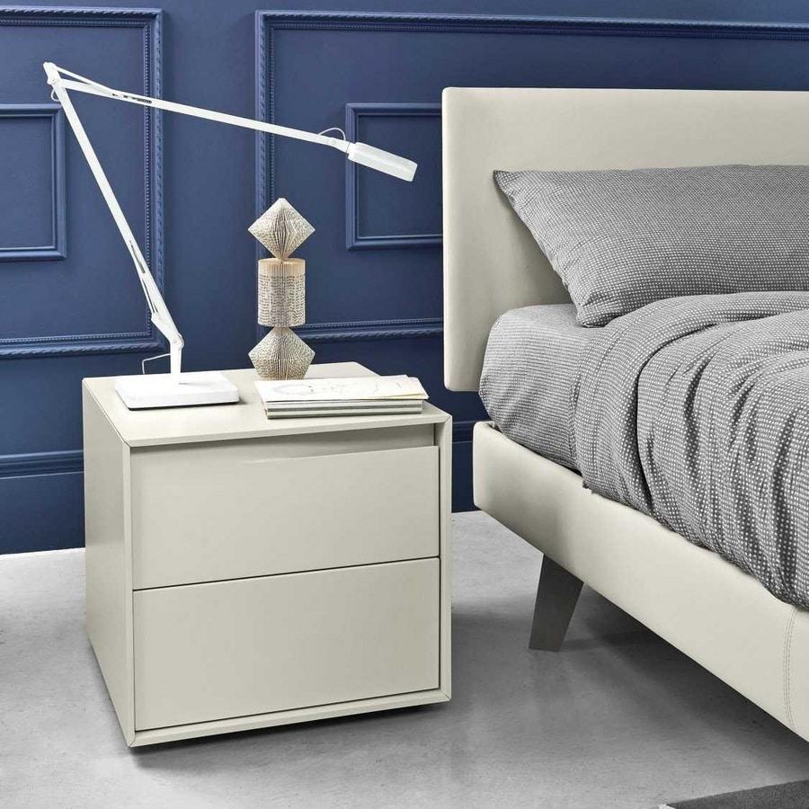 Vela, Elegant bedside tables