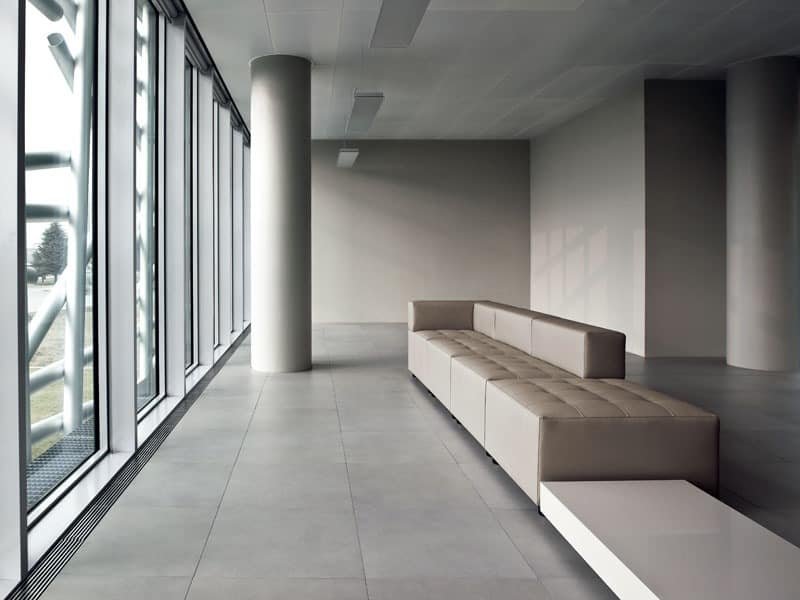 Kuadra, Padded bench for waiting areas and modern Stations