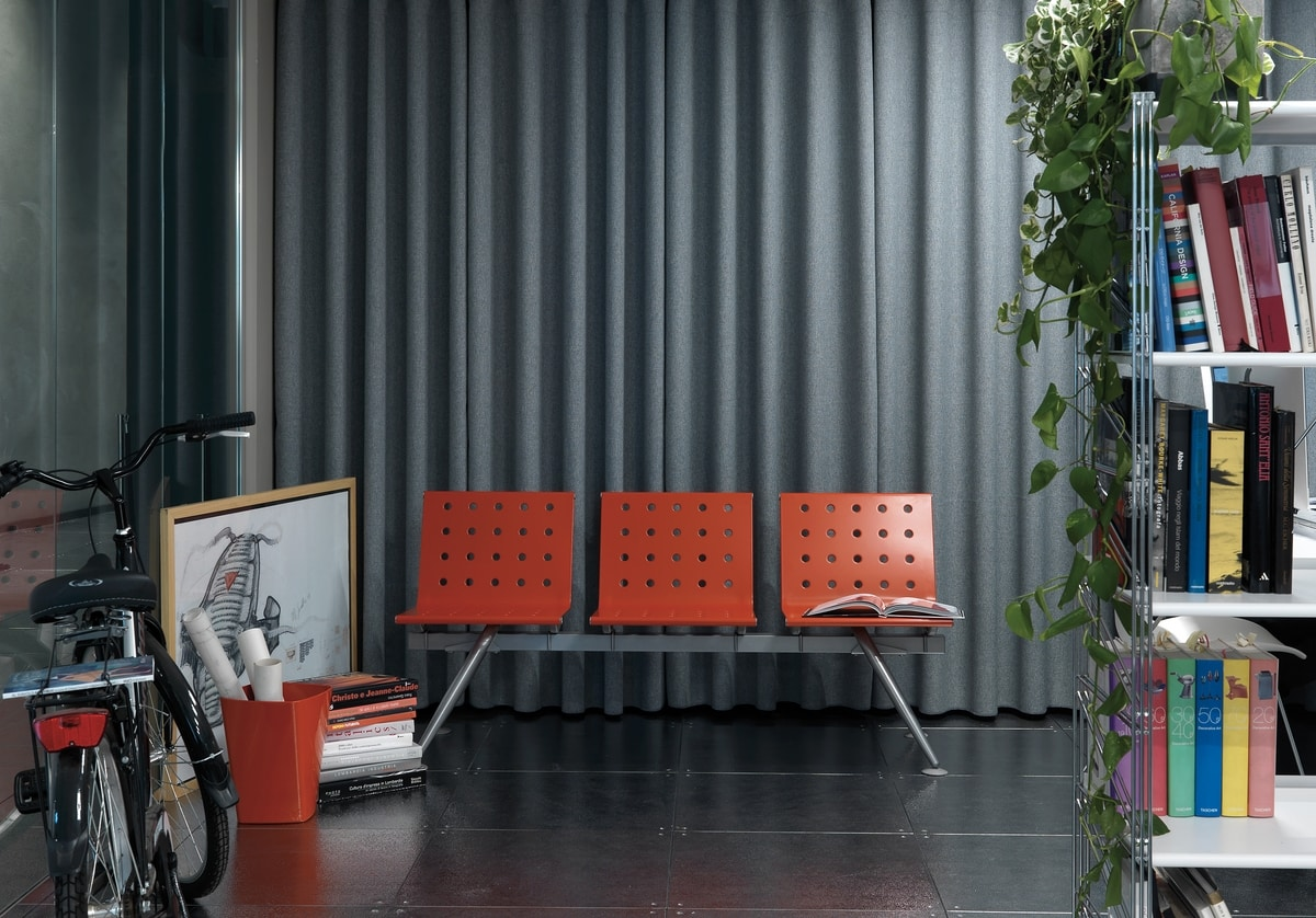 Ulisse, Modular bench with an essential and innovative design