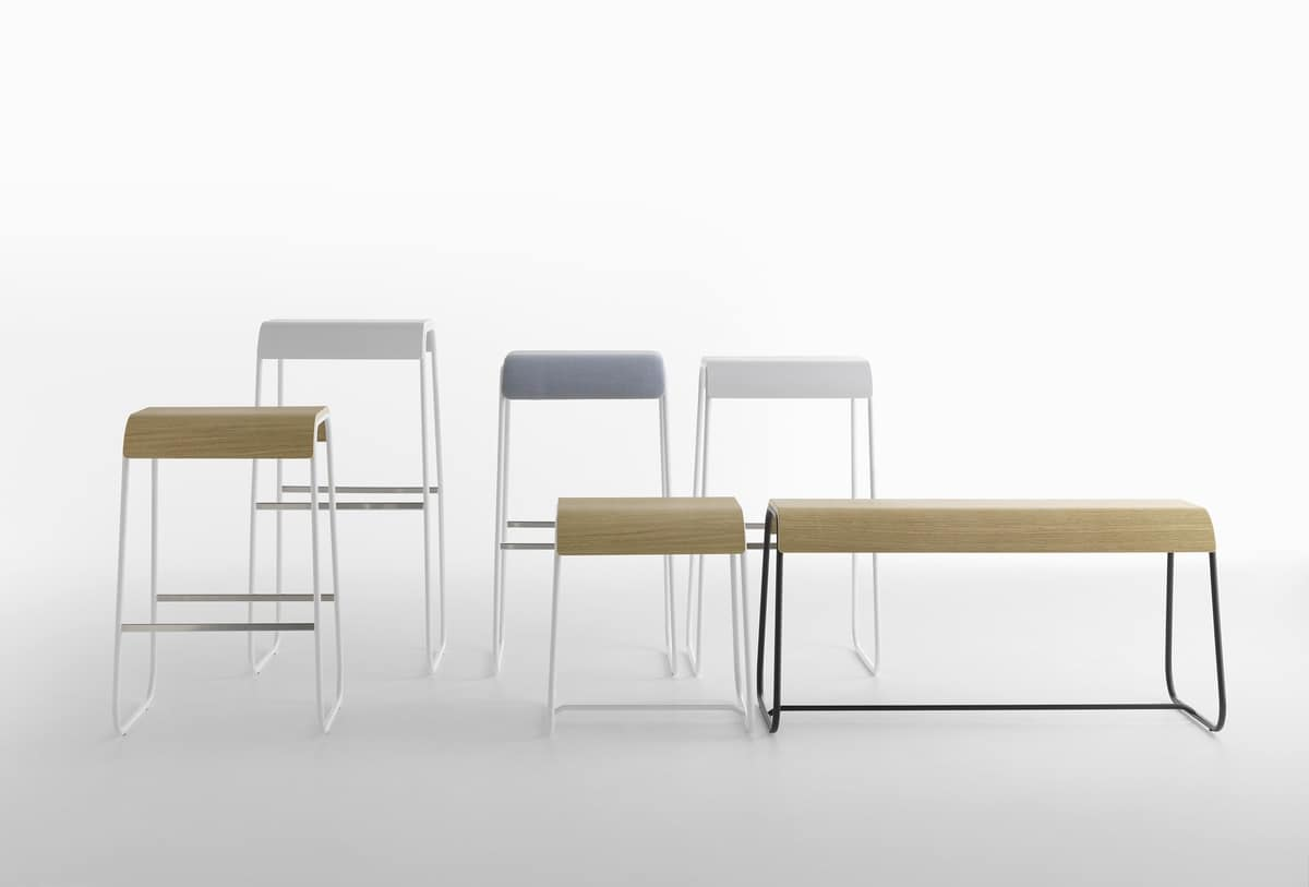 Lineo B/VS, Bench with steel structure and wooden seat