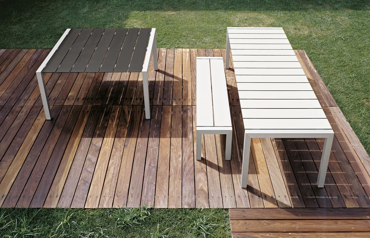 Sushi Bench, Bench in aluminum with slats in laminate, for external