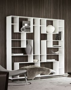 Lib_ris, Bookcase inspired by the game of Tetris