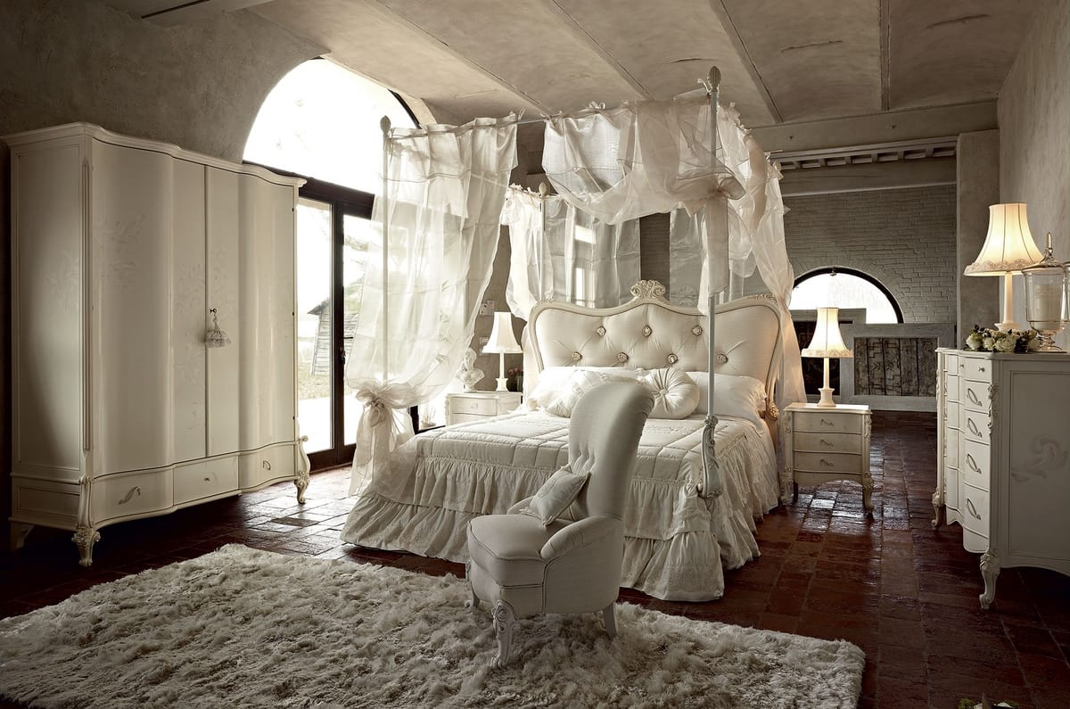 Doge bed, Canopy bed, with traditional design