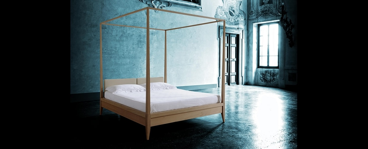 Valentino 2891, Canopy bed in wood