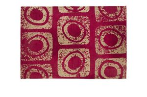 Red Macro, Rectangular decorative carpet